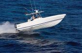 Σκάφη Intrepid – Η τεχνολογία των stepped hulls για ασφάλεια, άνεση και επιδόσεις