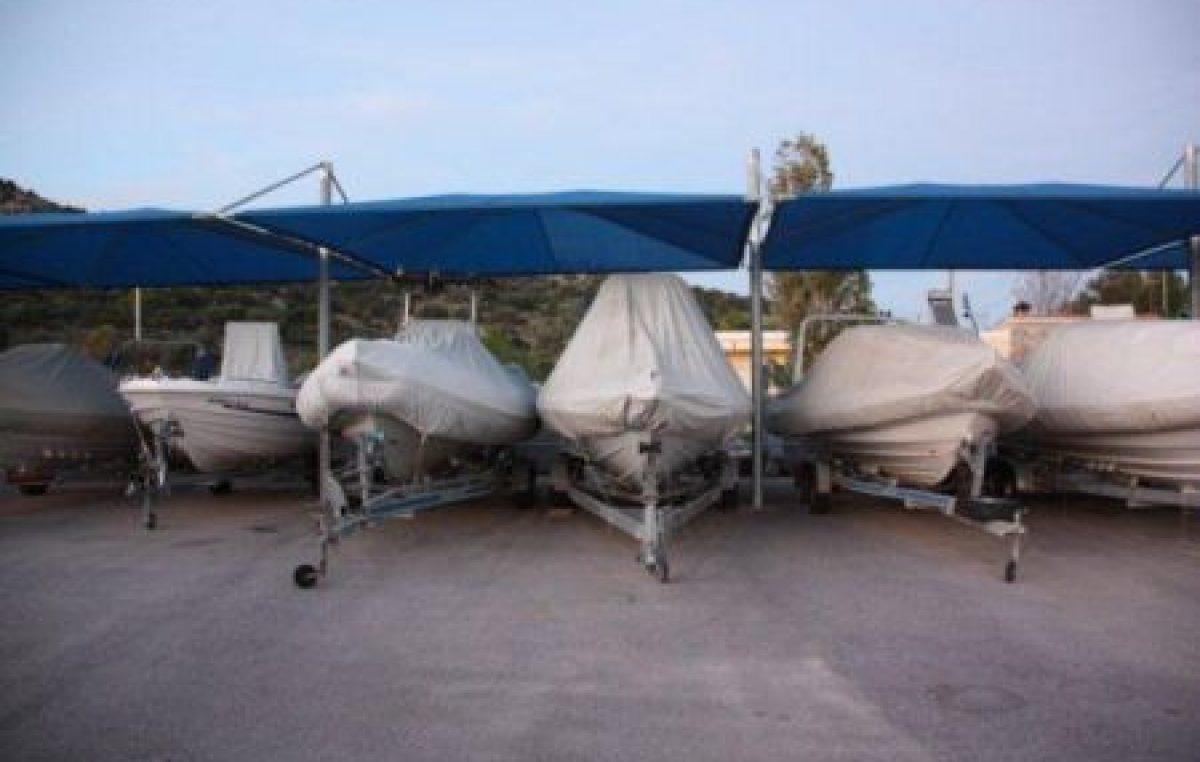 Τέντες για προστασία του σκάφους