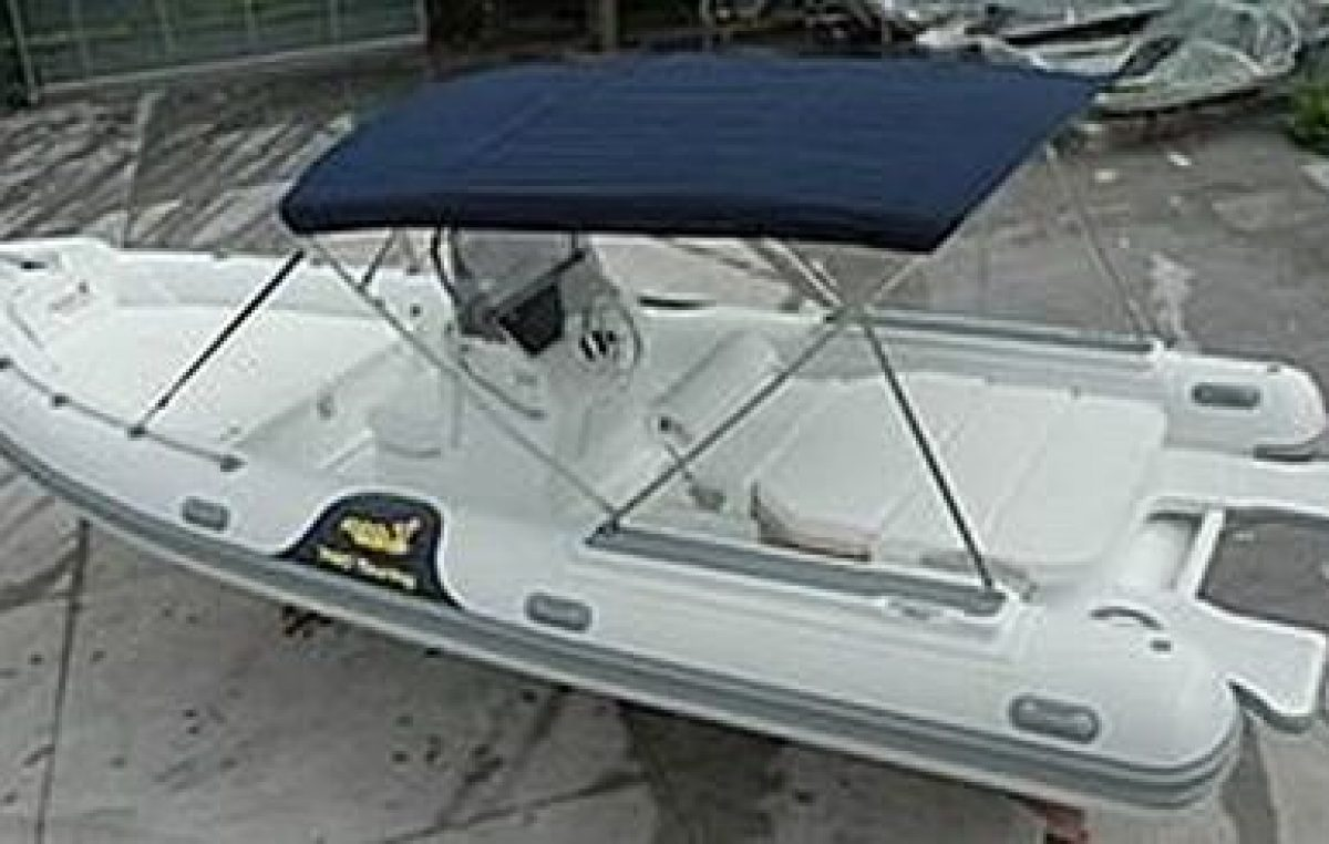 Motonautica 740 Touring