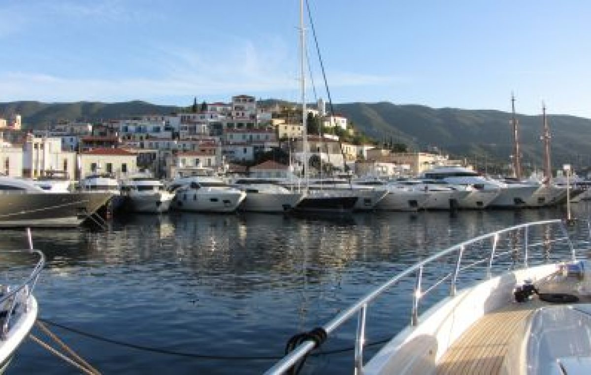 Charter Yacht Show –Poros 2012