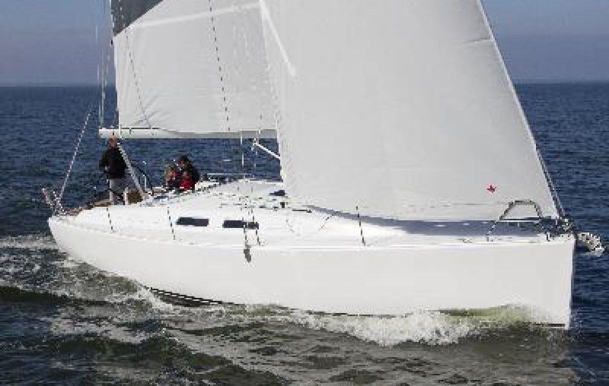 H Status Yachts αποκλειστική αντιπρόσωπος των σκαφών Dehler και Varianta