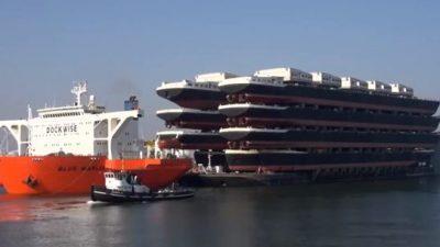 Πως μεταφέρονται τα πλοία που δεν πλέουν στη θάλασσα;