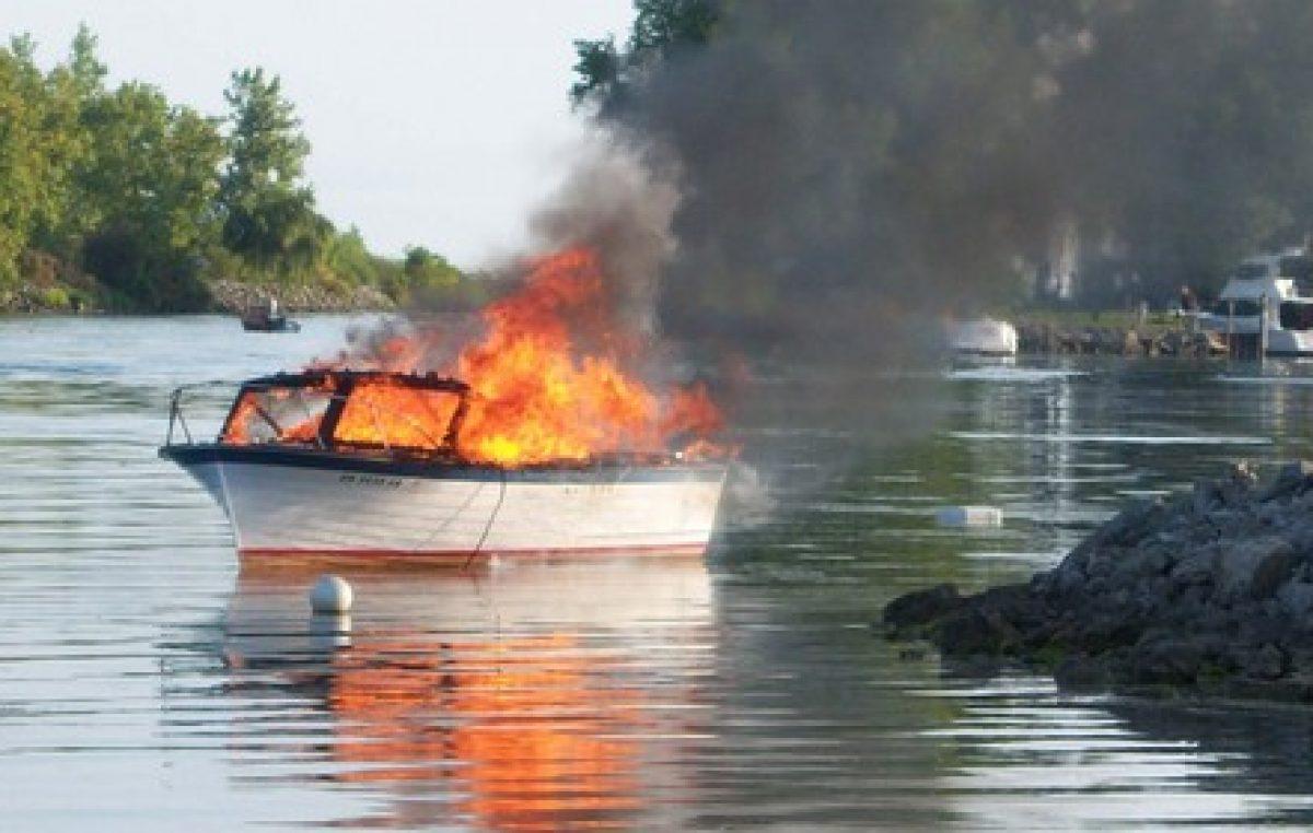 Φωτιά σε θαλαμηγό στα Χανιά