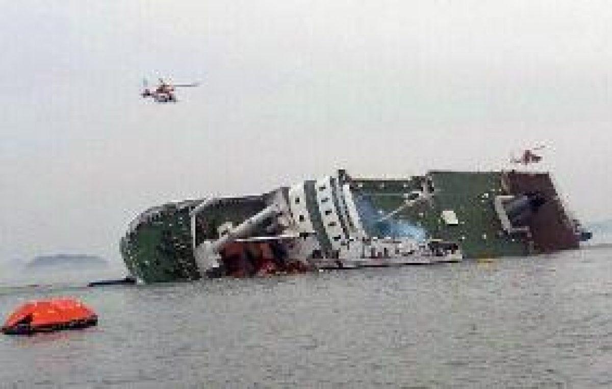 Περισσότεροι από 100 οι νεκροί στο ναυάγιο ανοιχτά της Ν. Κορέας
