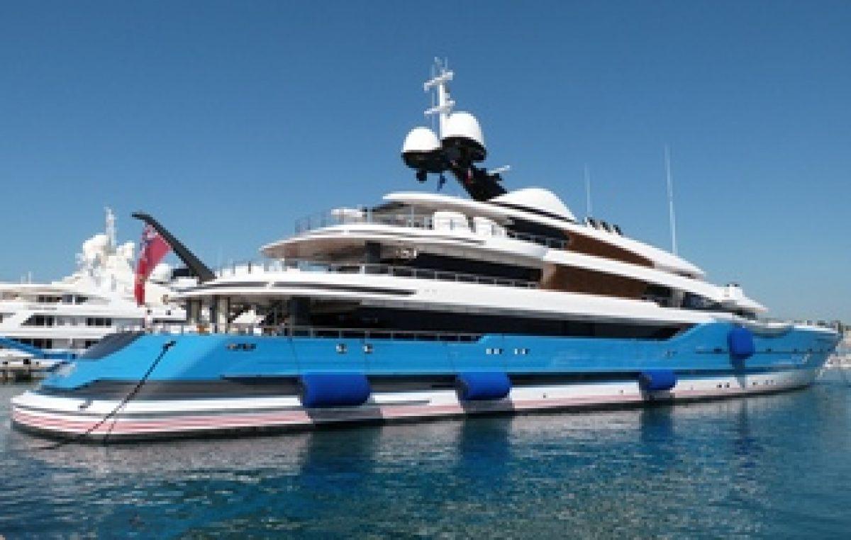 Ένα από τα μεγαλύτερα yacht του κόσμου στην Ελλάδα!