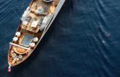 Πως είναι μέσα η θαλαμηγός «Χριστίνα» και η κρεβατοκάμαρα του Ωνάση (vids)