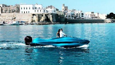 MAMBO! Το πρώτο πραγματικό τρισδιάστατο σκάφος από υαλοβάμβακα στον κόσμο!